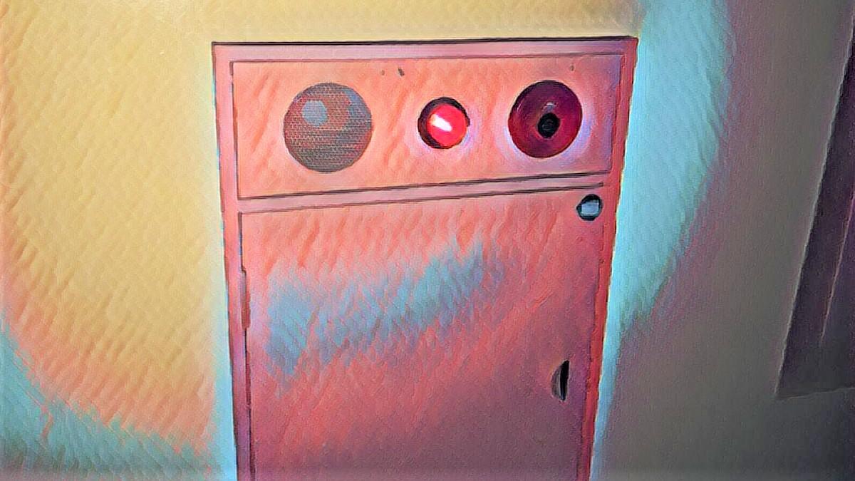 屋内消火栓BOX ピンク