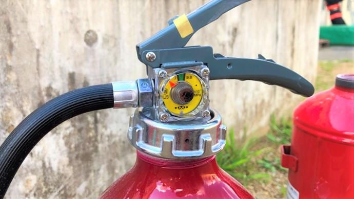 蓄圧式粉末ABC消火器 指示圧力計
